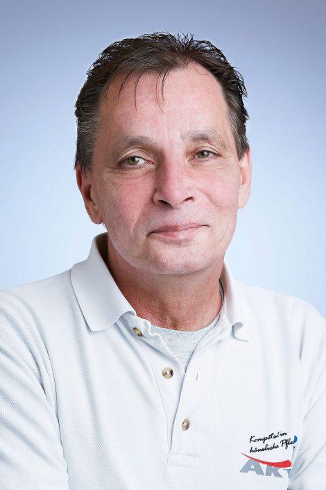 Herr Rolf Linz